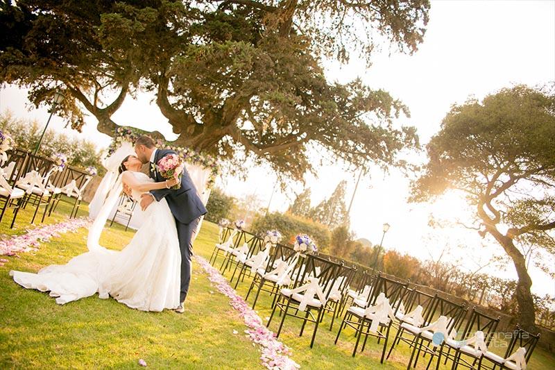 fotografia-de-bodas-la-granja-de-chia-boda-cistiana