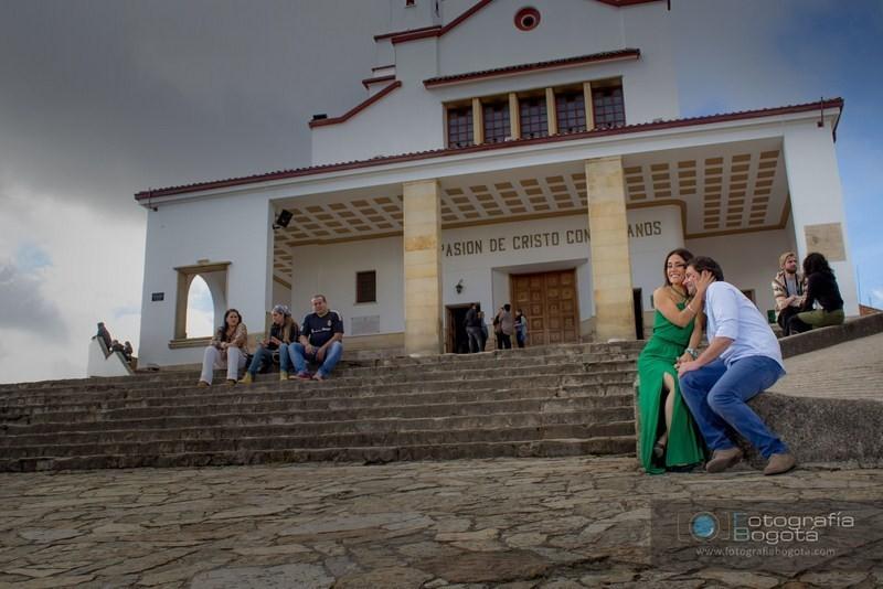 sesion-de-fotos-para-parejas-monserrate-fotografias-pre-boda-post-boda-fotos-romanticas